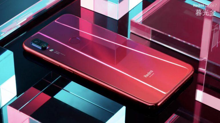 Смартфон Xiaomi Redmi Note 7 купить через интернет можно с 15 января